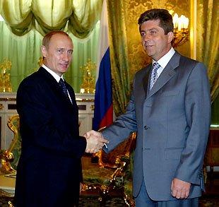 Тия руснаци пак ни се намешаха във вътрешните работи
