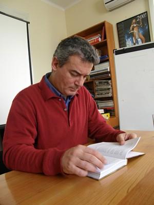 Издадоха още една книга на Илия Троянов – Стичането. Пътят към всички култури