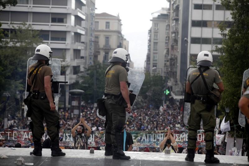 Радио ЕРА на 6 юли – Докъде стигнаха арабските революции? Събитията в Гърция.