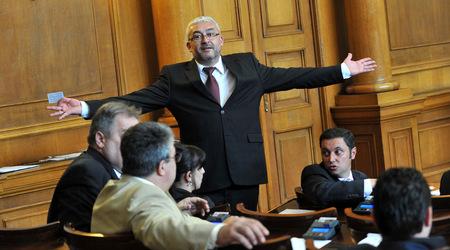 """""""Че Гевара"""": Идиот ли е депутат Емил Василев?"""