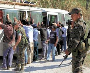 Гватемала: борба срещу водноелектрическата централа в Санта Круз Барияс и тероризма на властта (май 2012 г.)