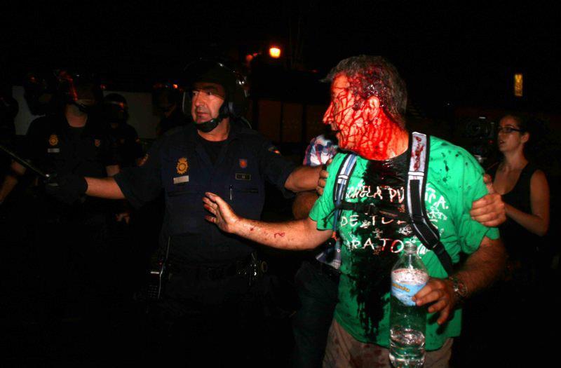 Испания: капитализмът на гумените куршуми