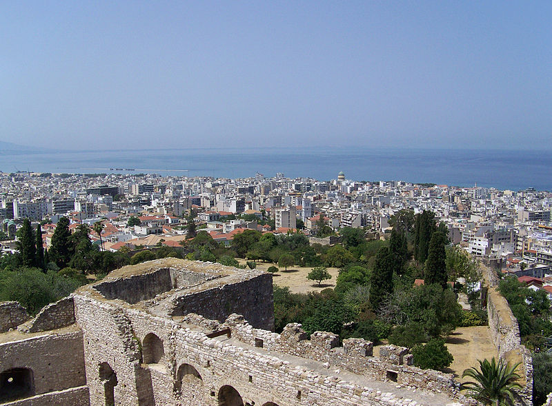800px-Patras_from_the_fortress