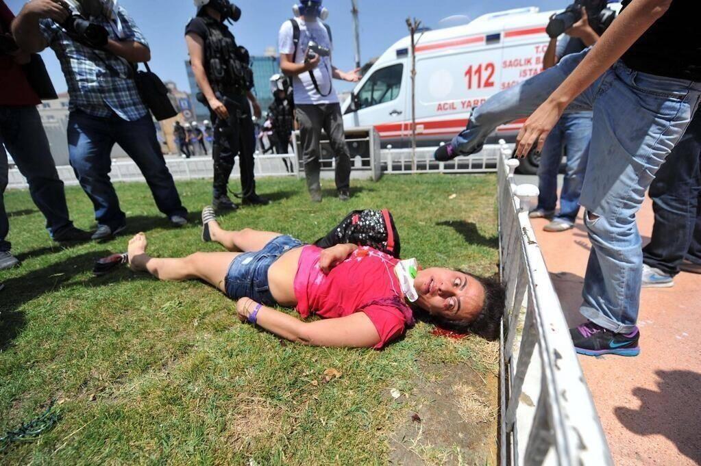 Масов бунт срещу държавния тероризъм в Турция