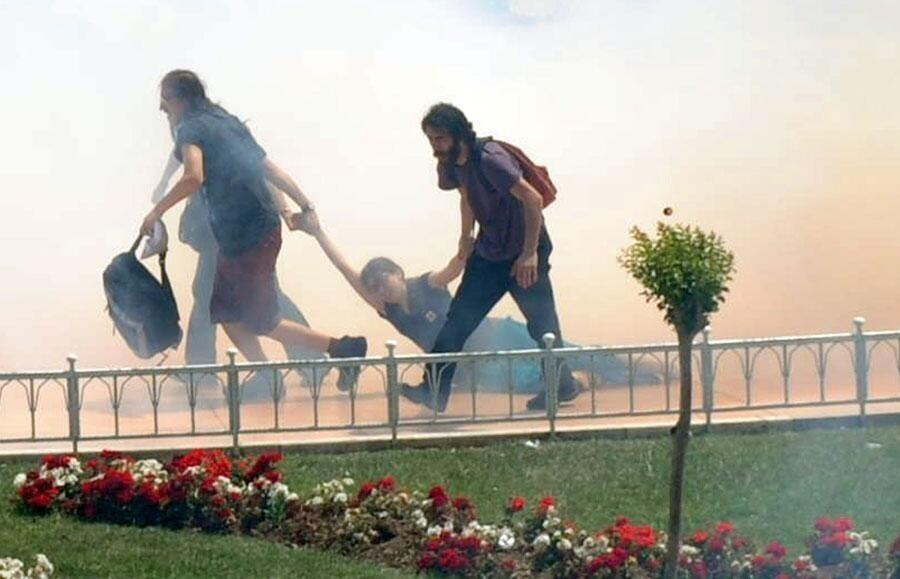 Българската левица: Правителството на Ердоган трябва да чуе исканията за демокрация и свобода