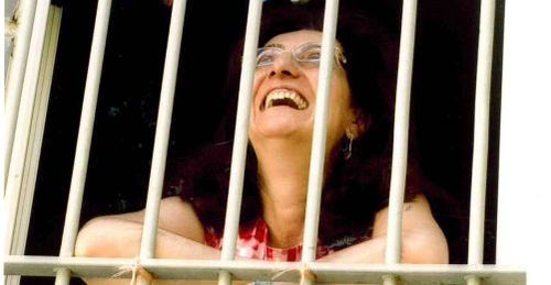 2013-09-13-hapishanede-zaman-nasil-gecer---fusun-erdogan