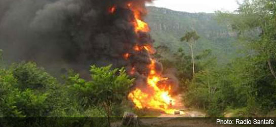 colombia-eln-pipeline-fire