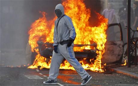 riots-fire-2_1967399c