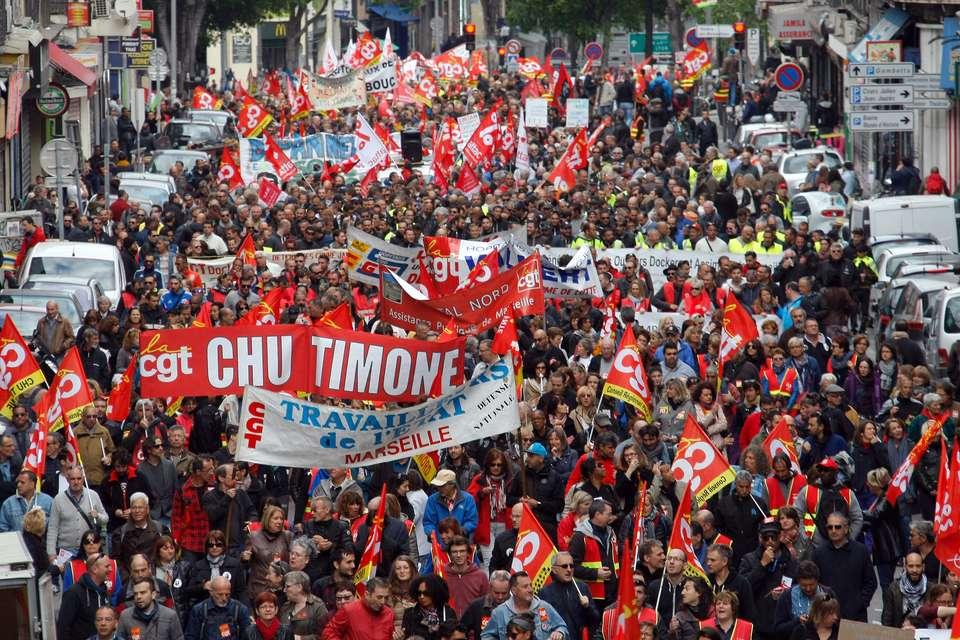 Солидарност със социално-класовата борба във Франция