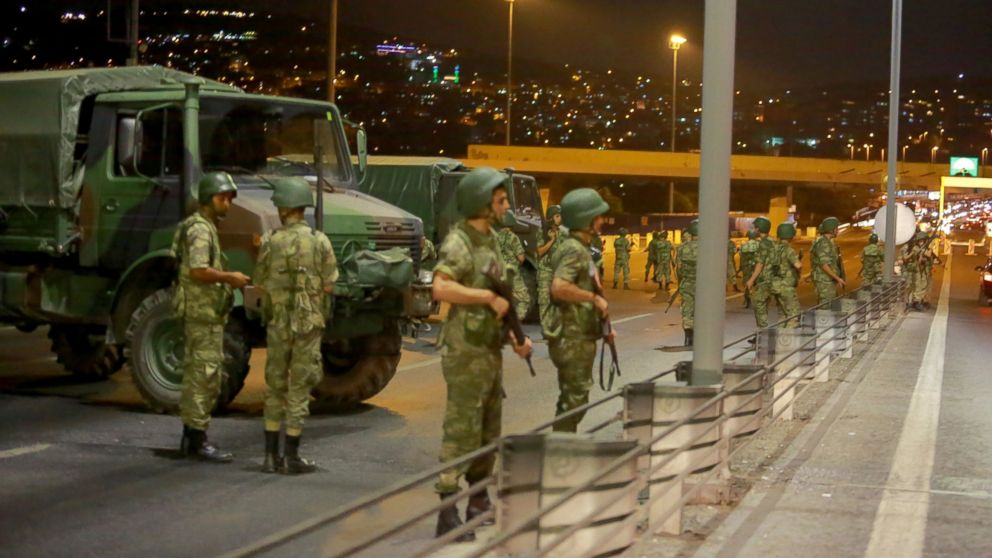 RT_turkey_coup_02_jef_160715_16x9_992