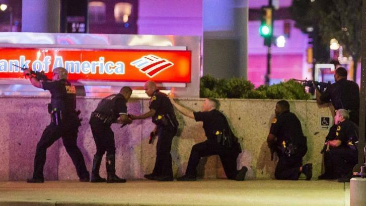 Пет ченгета са разстреляни по време на масовите протести срещу полицейщината в САЩ