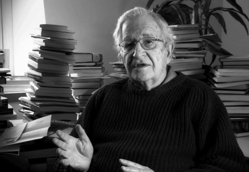 Noam-Chomsky-e1423839652368