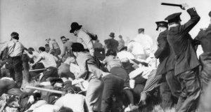 Чикагската полиция потушава стачка в началото на 20 век.