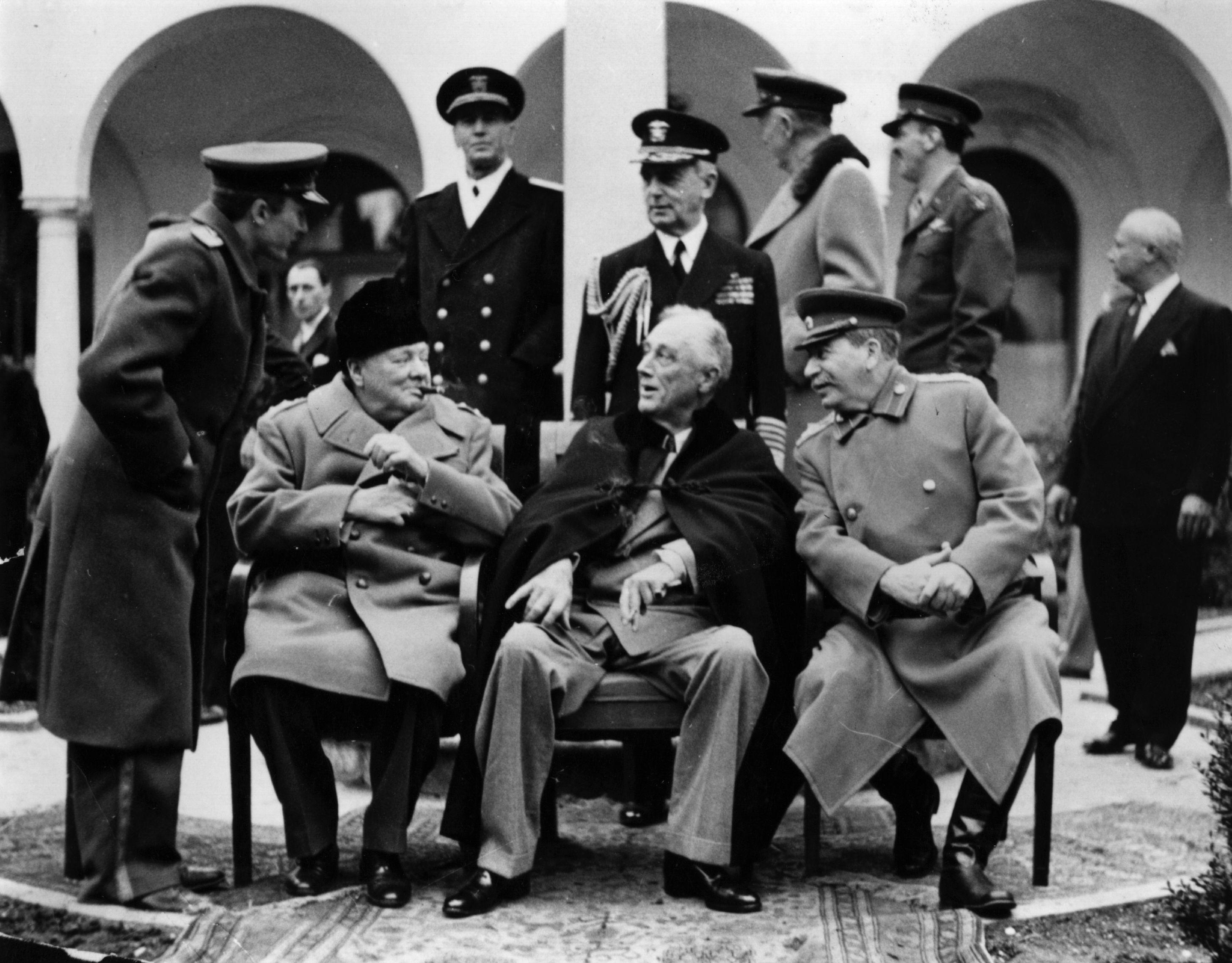 """""""Съветският"""" империализъм – износител на """"революции"""""""