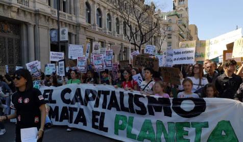 Ученическата климатична стачка предизвика масова истерия