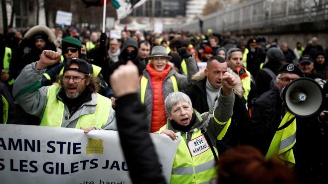 Комюнике от френските стачкуващи работници