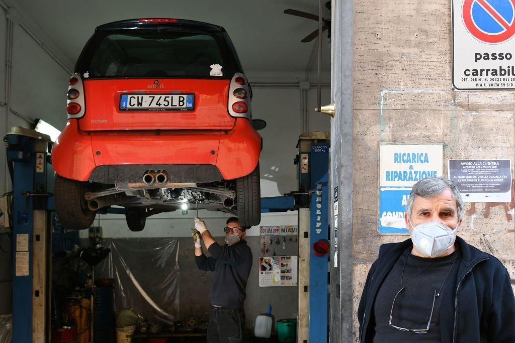 """""""Ние не сме пушечно месо"""": италианските работници се мобилизират за да се защитят по време на кризата"""